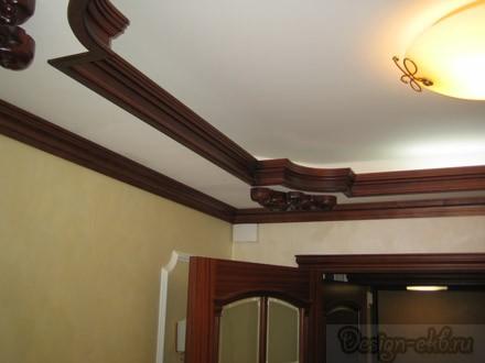 Потолок с резьбовыми элементами
